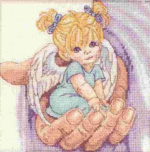 Фото 1Видела, просили здесь как-то схему ангелочка.  У меня вот такая есть.  Если заинтересовала, на почту...