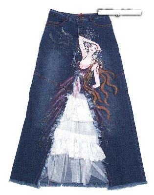 Симпатичная переделка джинсов в юбку.