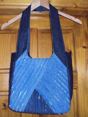 сшить сумку из старых джинс фото.
